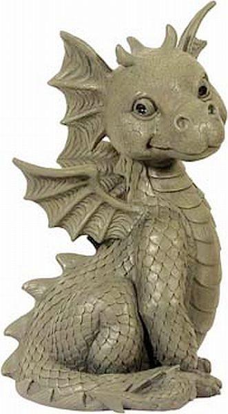 Deko gartenfigur kleiner drache sitzend ca 30 5 cm aus for Kleiner liegestuhl deko